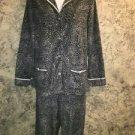 SIMPLY VERA M pajama pjs set gray black animal cheetah print fleece top bottom M