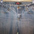 FOREVER 21 denim blue skinny jeans low rise women 26 medium wash worn distressed
