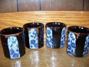 TAKAHASHI hand painted made Japan octogan sake cups 4 brown blue flowers GUC