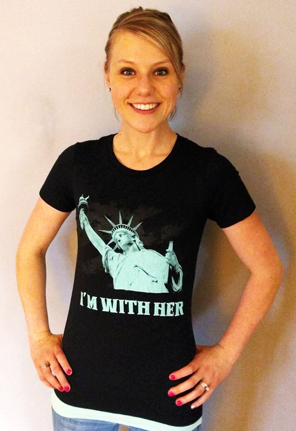 I'M WITH HER Lady Liberty - Women's T Shirt SIZE XL