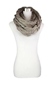 Gradation Big Cable Knit Infinity Scarf