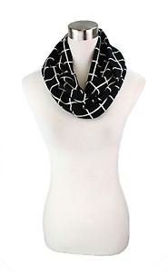 Grid Check Pattern Infinity Scarf