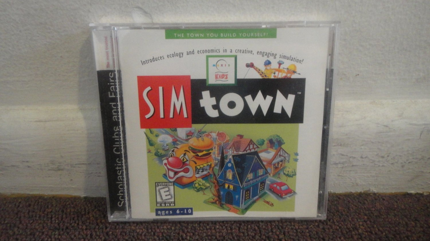 Sim town Vintage windows 3 1 95 cd rom Excellent cond