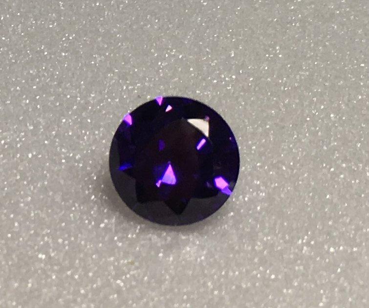 10mm Round Purple Cz 7ct
