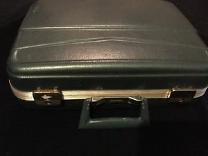 Vintage Mangnalite Suitcase Blue Carry On Case Luggage Hard Shell