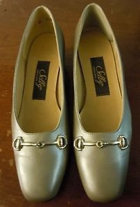Women's Vintage Selby silver slip on heels size 7