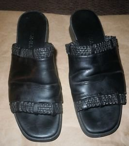 Women's Cole Hahn black leather slip on sandals size 6 1/2
