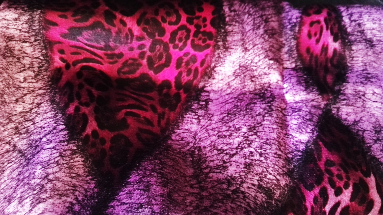 Lady's scarf in violet color, brand BEAUTYBUD / Japan