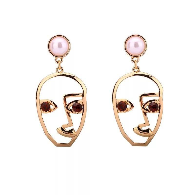 2017 new creative fashion jewelry earrings long earrings girls smiling face Pearl Earrings