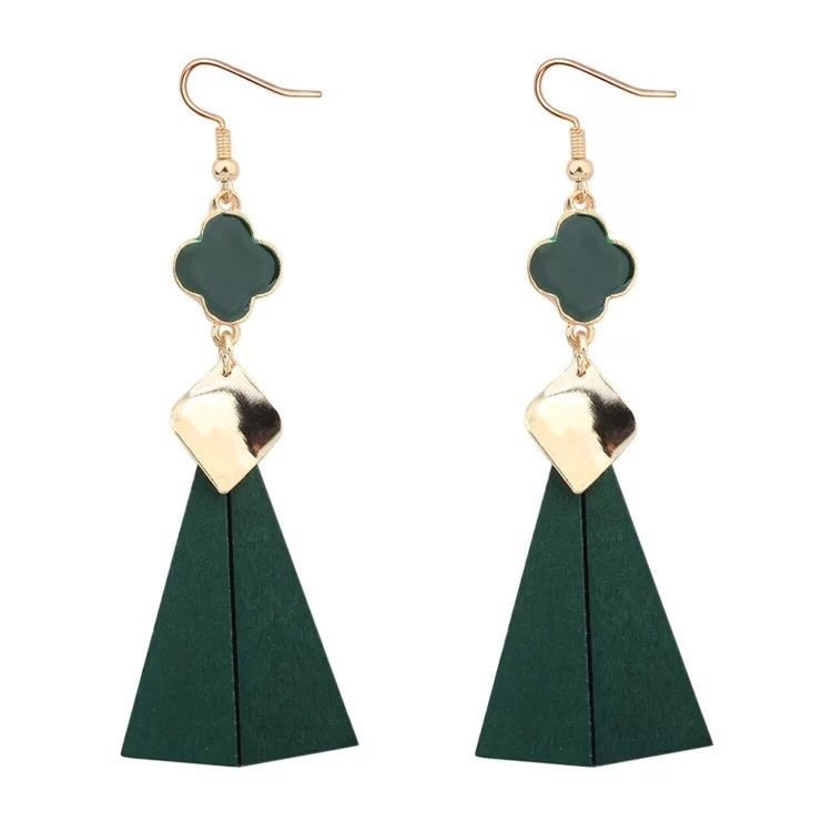 The new wood long ladies fashion earrings ear jewelry flower clover quadrilateral