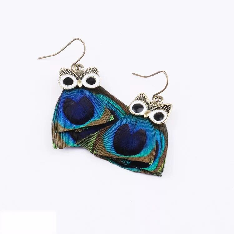 2017 new  personality peacock hair, Owl Earrings, temperament fashion earrings, feather jewelry