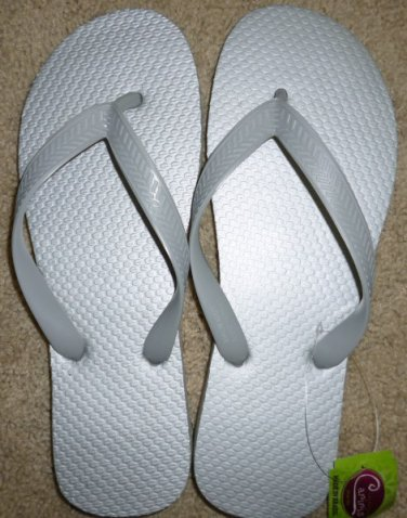 Size 7 Cariris All Rubber Flip Flops Sandals from Brazil - Silver