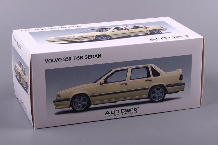 Autoart 1/18 Volvo 850T-5R