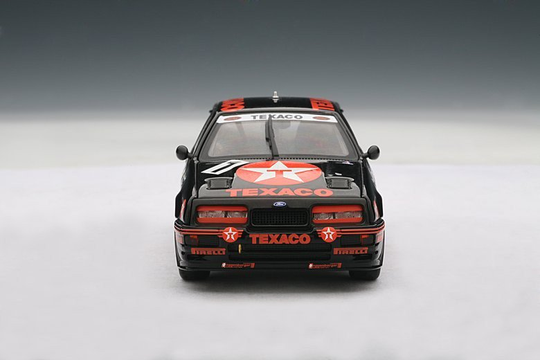 Autoart 1/43 Ford RS500 Group A 1987