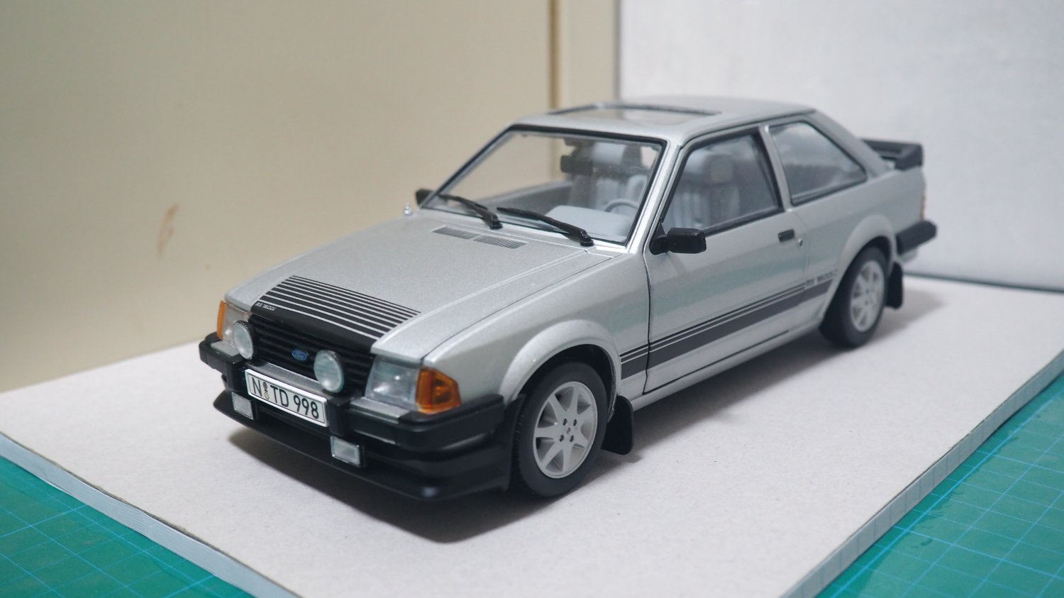 Sun Star 1/18 Ford Escort RS1600i