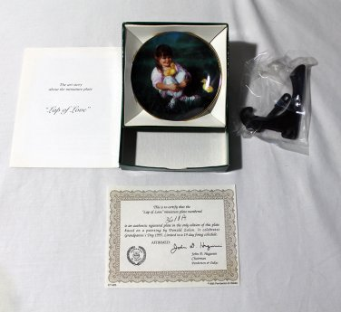 """Lap of Love by Donald Zolan Miniature 3 1/4"""""""" Collectors Plate with COA & Stand"""