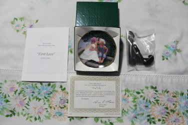 "First Love by Rob Anders Miniature 3 1/4"""" Collectors Plate New Mint COA & Stand"