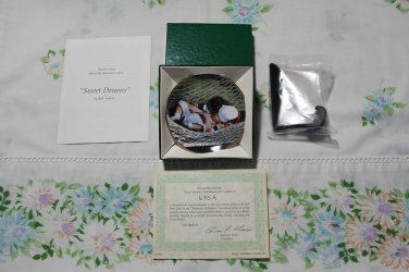 "Sweet Dreams by Rob Anders 3 1/4"""" Miniature Collectors Plate New Mint COA & Stand"