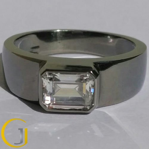 1.75 Ct Emerald Cut Bezel Set Solitaire Engagement Men's Ring In 14k Black Gold
