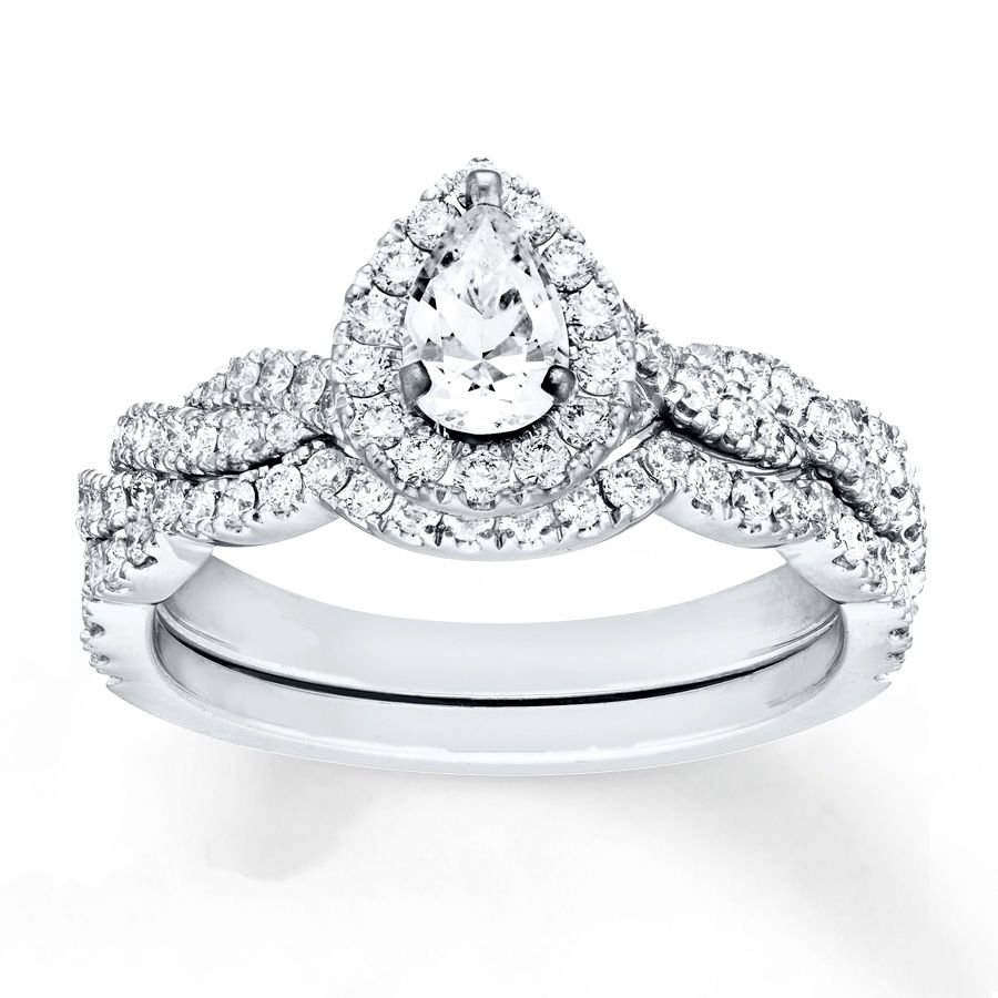 0.90 Tcw Pear Cut Halo twist CZ Engagement And Wedding Ring Set 18K White Gold