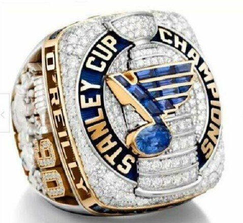 Replica 2019 St. Louis Blues Stanley Cup CHAMPIONSHIP RING...In cherry wood box