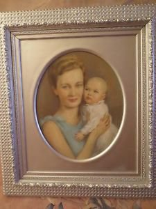 CHARMING Oval Portrait Mother & Child  Signed OLD Antique Painting on Board.