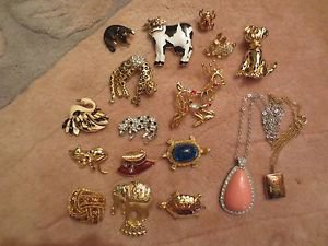 Vintage 15 Pin Brooch Enamel Collectible, 2 chain and pendant signature.