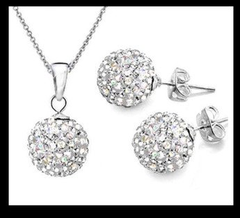 Sparkle with a ball necklace