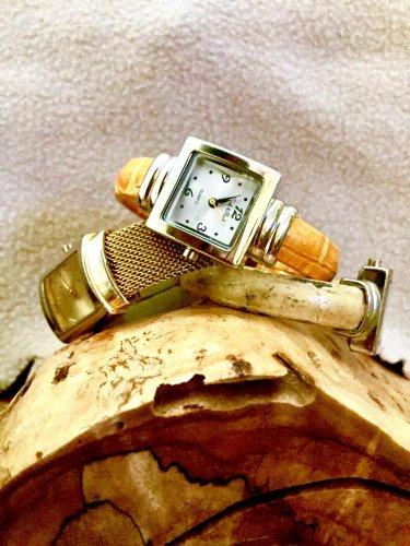 Set of 3; Peck & Peck vintage fashion ladies wristwatches