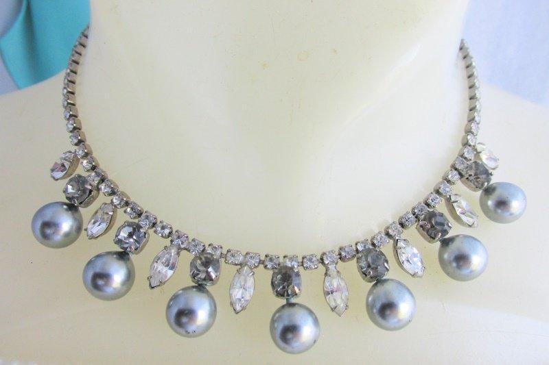 Vtg Charcoal Faux Pearl Smoke Clear Rhinestone Fringe Choker Necklace Silvertone