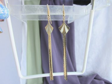 Vintage Cream White Enamel Kites Chain Tails Goldtone Earrings Pierced