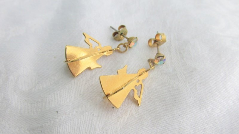 Dangling Angels Aurora Borealis Rhinestone Pierced Earrings Goldtone