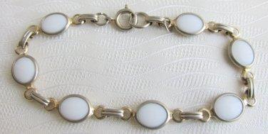 "Vintage Bezel Set White Opaque Glass Oval Links 7"" Bracelet Gold Tone"