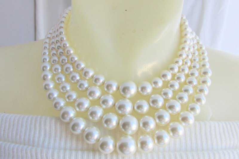 1950s Vintage 4 Strand Off White Faux Pearl Necklace Luxurious Glamour
