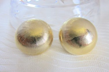 """Vintage Chunky Domed 1.25"""" Earrings Clip On Textured Gold Plated"""