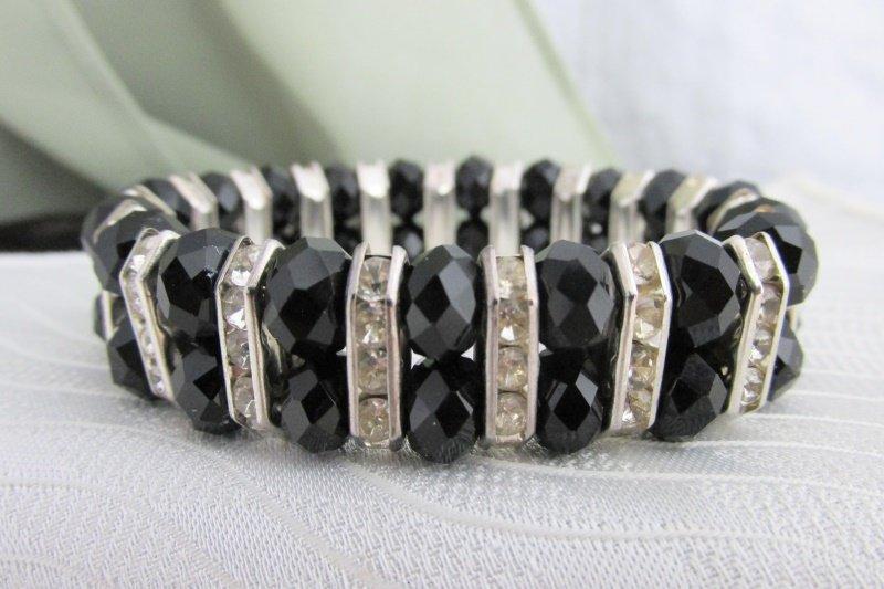 Black Glass Bead Rhinestone Rondels Stretch Bracelet Silvertone Elegant Flash