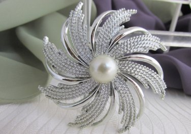 Vintage SARAH COV Pinwheel Faux Pearl Pin / Brooch Silver Plated Signed