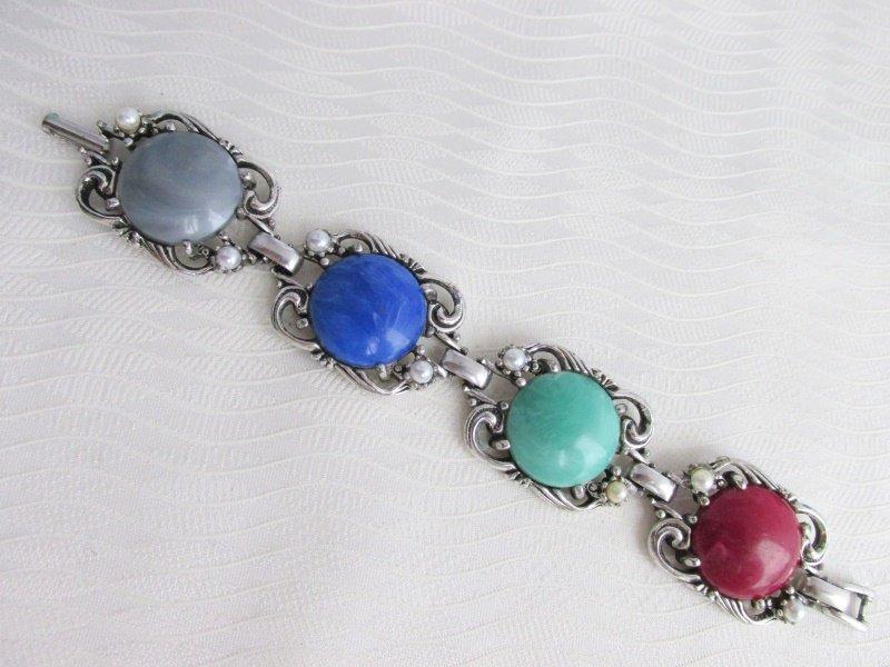 1957 Vintage SARAH COV Fiesta Bracelet SilverPlate Acrylic Cabochons Faux Pearls