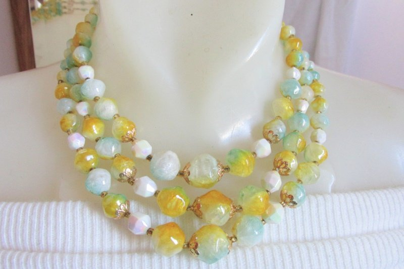 Vintage Tri-Color Lucite Crackle Baroque Beads 3 Strand Necklace Statement