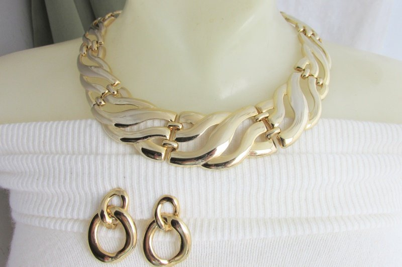 1980 Vintage Statement Collar Necklace Earrings Clip Gold Plate Luxurious Swirls