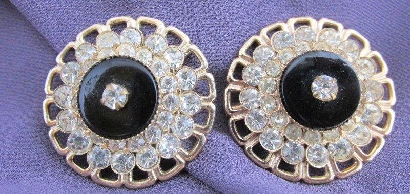 Pair Vintage Faux Onyx Rhinestone (2) Pin Brooch Gold Tone Tiered Neckline Lapel