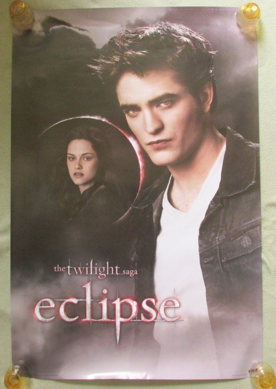 Twilight Saga Edward & Bella Eclipse Poster 24x36 Robrt Pattinson Krstin Stewart