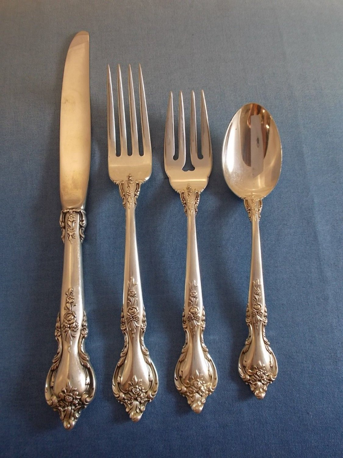 Delacourt by Lunt Sterling Silver Flatware Place Setting(s) 4pc