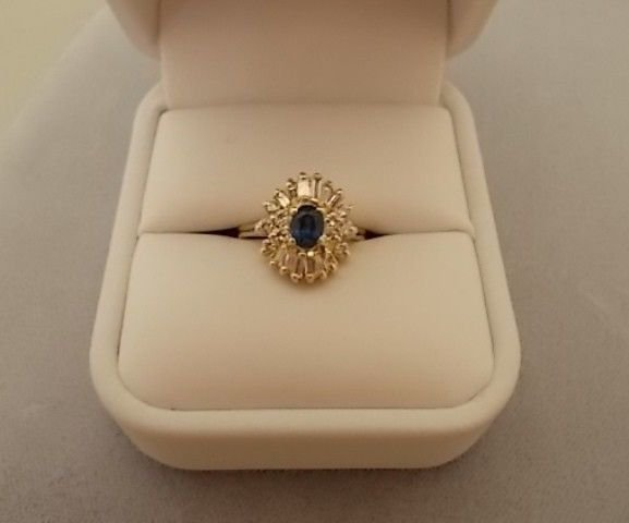 14K Gold 1/2ct Oval Genuine Natural Sapphire Ring with Diamonds (#539)