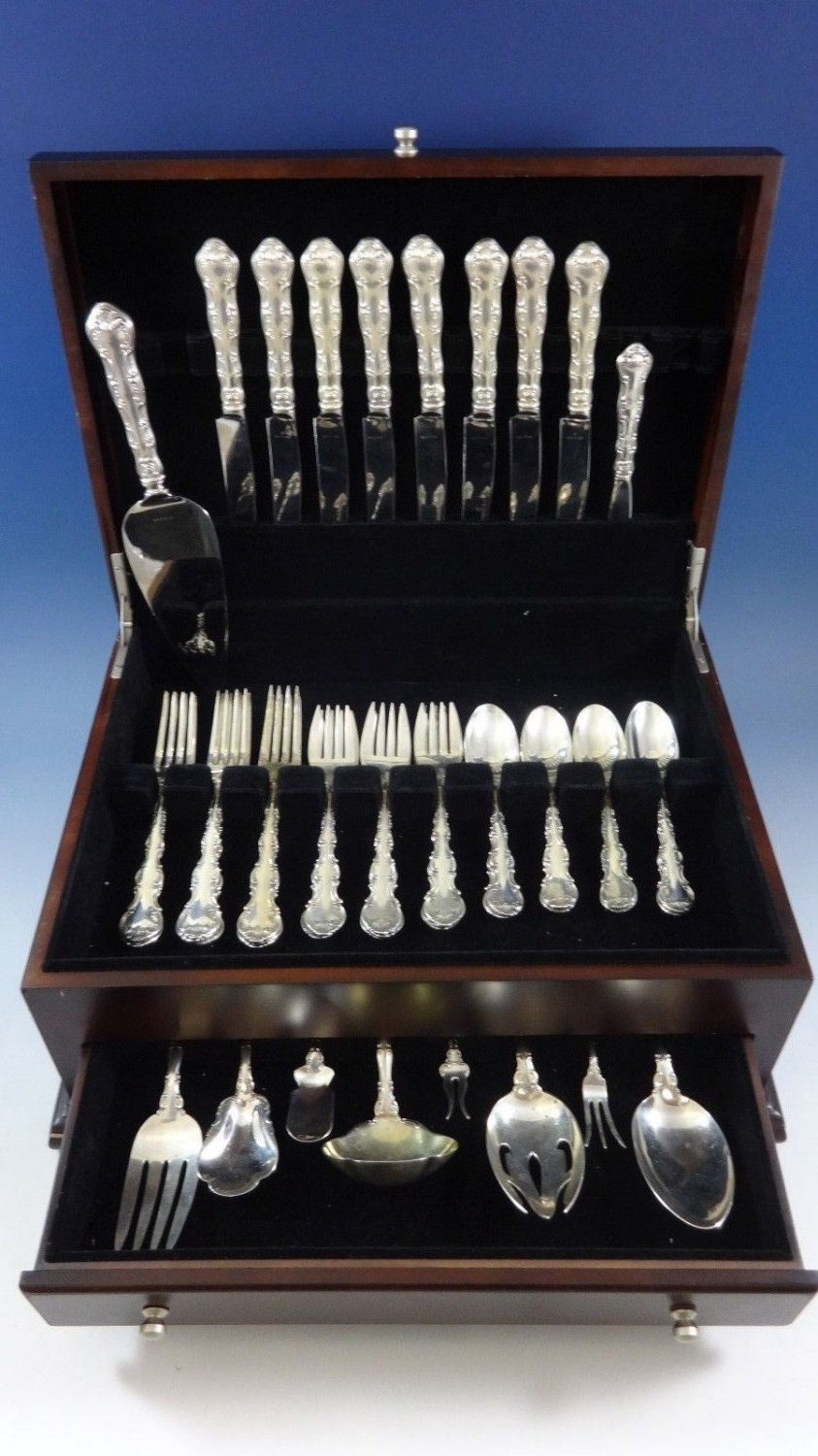 Strasbourg by Gorham Sterling Silver Flatware Set For 8 Service 42 Pieces