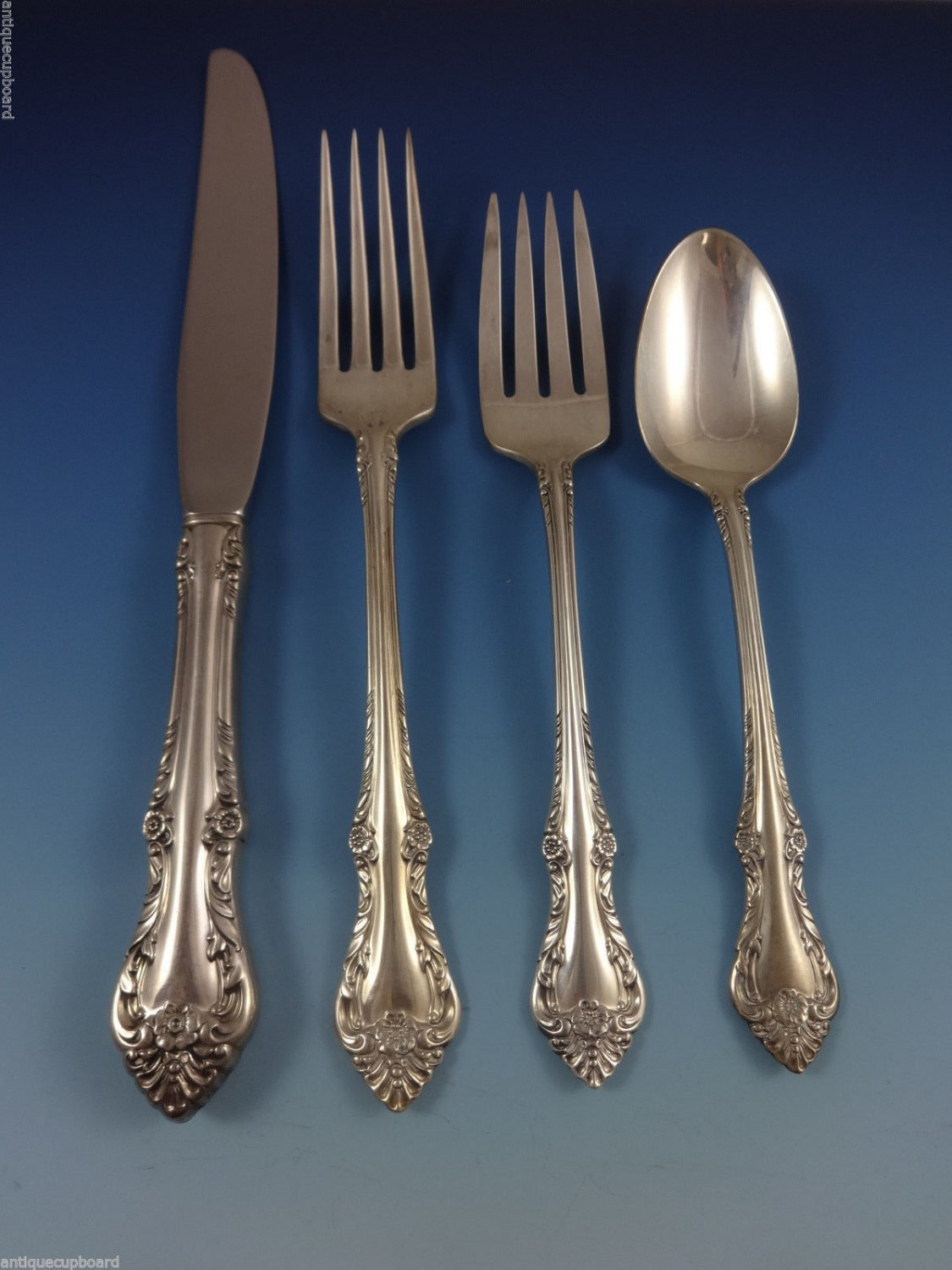 Melbourne by Oneida Sterling Silver Flatware Set For 8 Service 32 Pieces