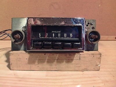 1968 Ford Fairlane Torino Ranchero Philco Model 8TPO AM Radio