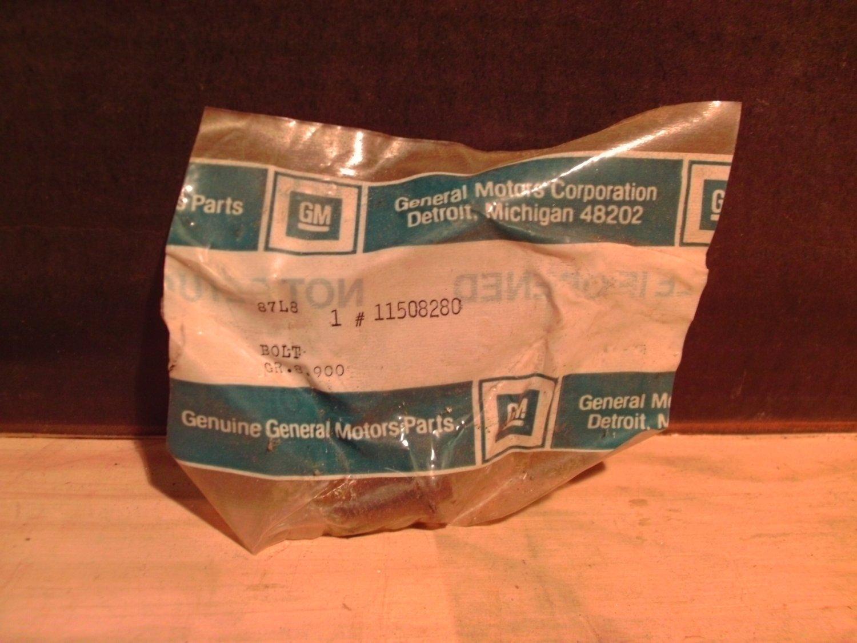 General Motors 11508280 / 11515755 Original Equipment OE NOS Bolt