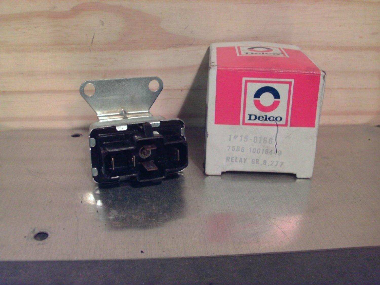 ACDelco 15-8166 General Motors 10018449 Original Equipment OE NOS Relay