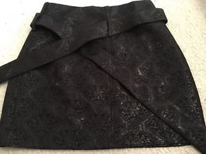 BCBG MaxAzria Black Damask Designer Skirt W/Belt Size 0 Silk & Metallic *Rare